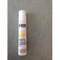 NIVEA Visage Q10 plus Anti-Wrinkle De-Puffing Eye Roll-On