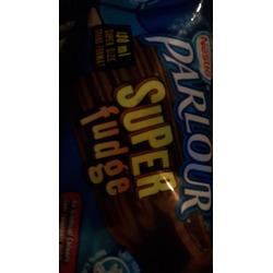 Nestlé Parlour Super Fudge Bar