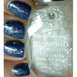 Sally Hansen Diamond Strength No Chip Nail Color Glass Slipper