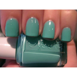 Essie Nail Polish in Turquoise and Caicos