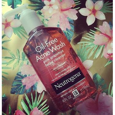 Neutrogena Oil-Free Acne Wash Pink Grapefruit Facial Cleanser