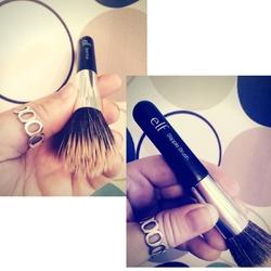 e.l.f. Cosmetics Small Stipple Brush