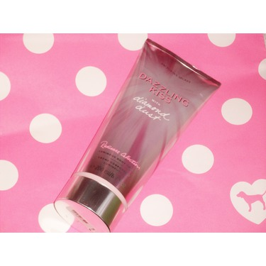 Victoria's Secret Dazzling Kiss with Diamond Dust Body Lotion