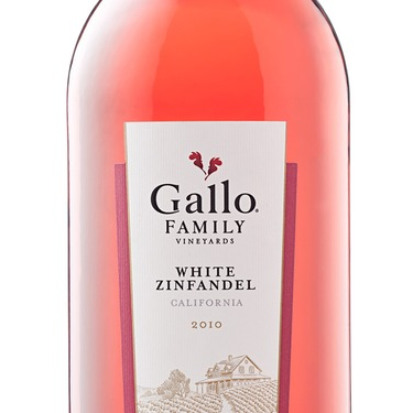 E & J Gallo White Zinfandel