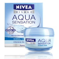 NIVEA Aqua Sensation Invigorating Day Care