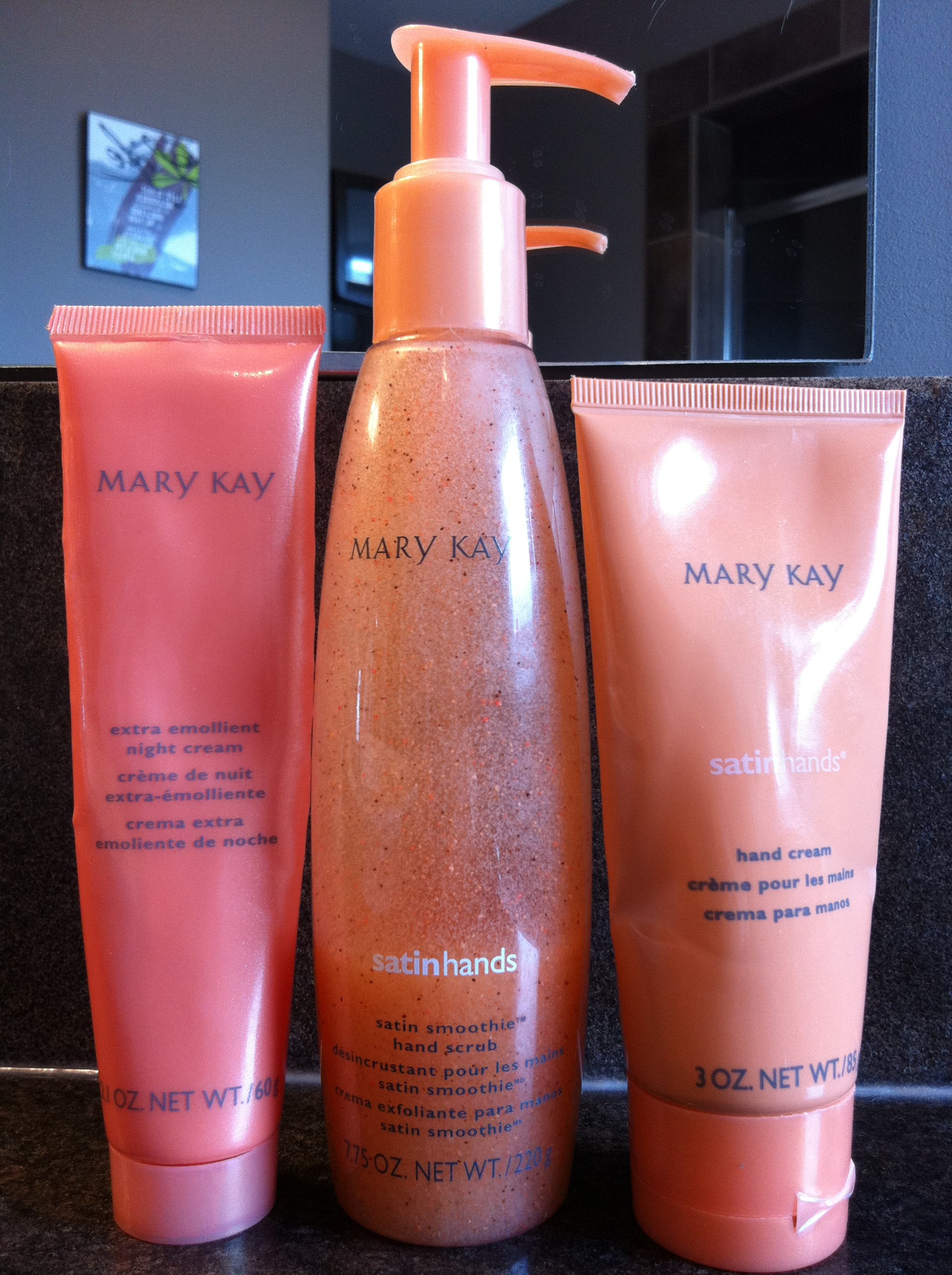 Mary Kay Satin Hands Set Reviews In Body Lotions Creams