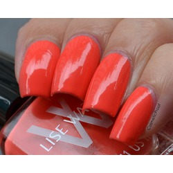 Lise Watier Nail Lacquer in Coral Paradise