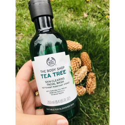 The Body Shop Tea Tree Facial Cleanser