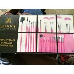 Shany Cosmetics 12pc Vegan Mineral Brush Set
