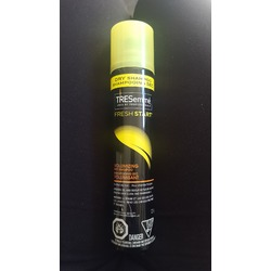 TRESemmé® Fresh Start Volumizing Dry Shampoo