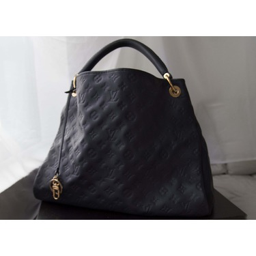 Louis Vuitton Artsy Infinity Empreinte Mm Reviews In Handbags Advisor