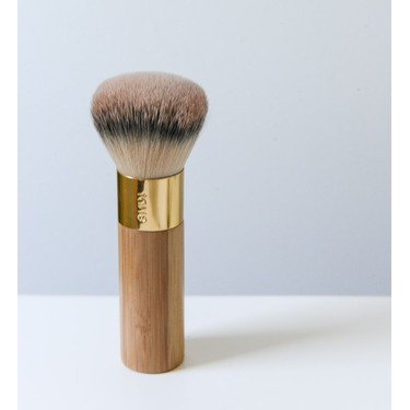 The Buffer Airbrush Finish Bamboo Foundation Brush by Tarte #18