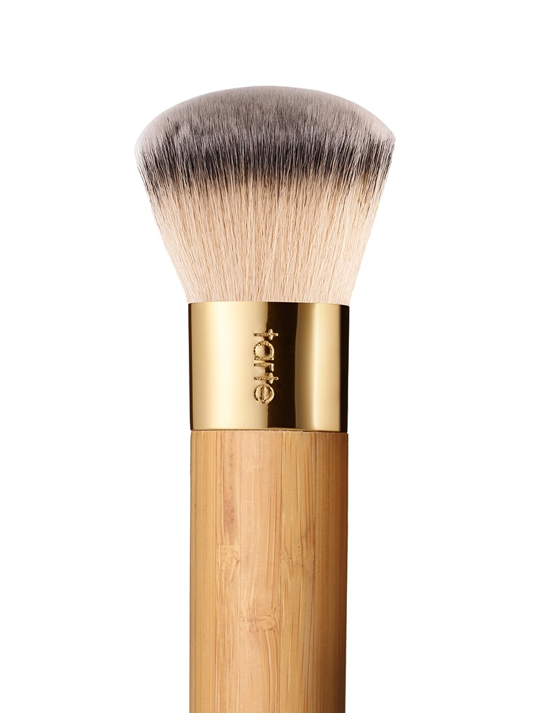 Foundation Brush: Tarte Airbrush Finish Bamboo Foundation Brush Reviews In