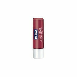 NIVEA A Kiss of Flavor Cherry Tinted Lip Care