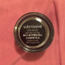 be a bombshell Submissive Eye Base
