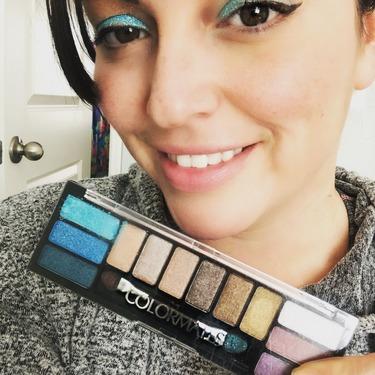 Colormates Eyeshadow Palette