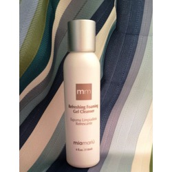 Mia Mariu Refreshing Foaming Gel Cleanser