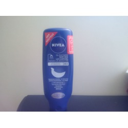 NIVEA In-Shower Nourishing Body Milk