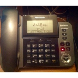 Panasonic phone with answering system