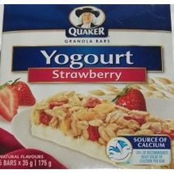 Quaker Yogurt Granola Bar in Strawberry