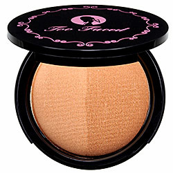 Too Faced Caribbean in a Compact Bronzing Powder