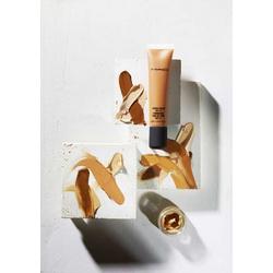 MAC Cosmetics Studio Sculpt SPF 15 Foundation