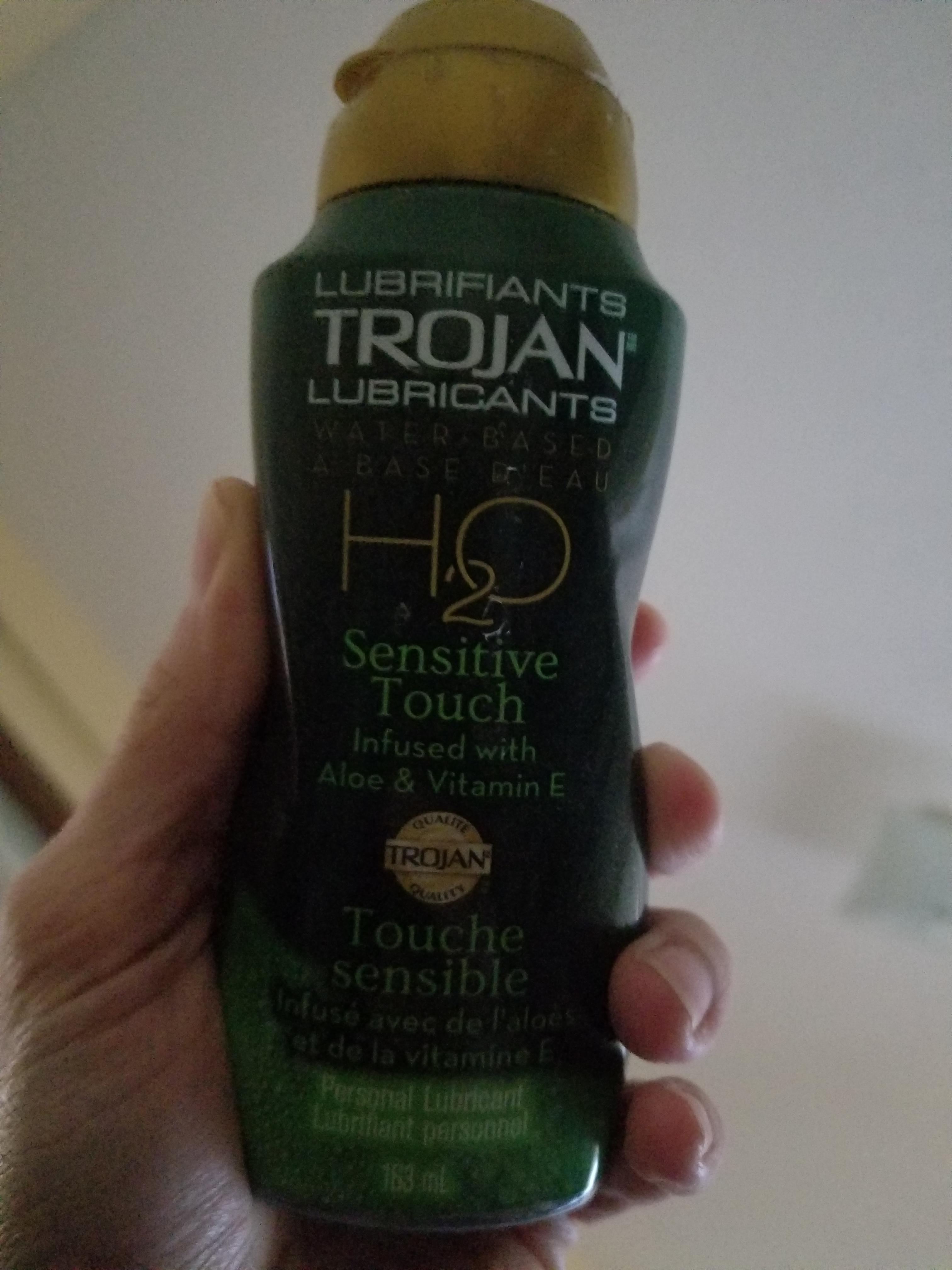 trojan lubricant ingredients