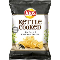 Lay's Kettle Cooked Sea Salt & Cracked Pepper Chips
