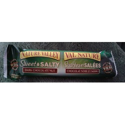 Nature Valley Sweet & Salty Dark Chocolate Nut