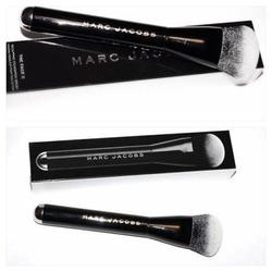 Marc Jacobs Face 2 Sculpting Brush