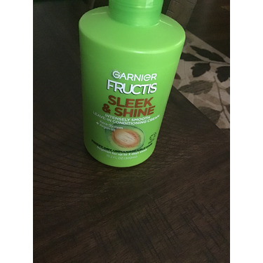 Garnier Fructis Sleek & Shine Leave-In Conditioning Cream