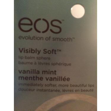 eos Organic Smooth Spheres Lip Balm in Vanilla Mint