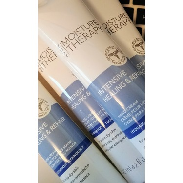 Avon Moisture Therapy Intensive Hand Cream for Extremely Dry Skin