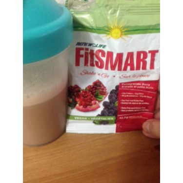 Renew Life FitSmart Shake'n Go in Pomegranate Berry