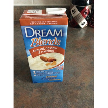 Dream Blends Almond, Cashew & Hazelnut Drink