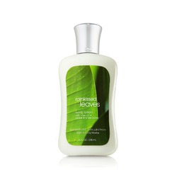 Bath & Body Works - Rain Kiss Leaves Body Wash