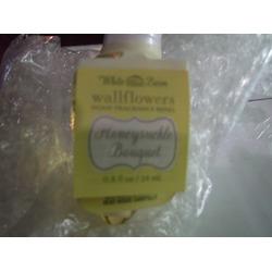 Bath & Body Works Honeysuckle Refill Bulb