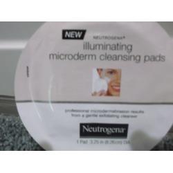 Neutrogena Illuminating Microderm Cleansing Pads