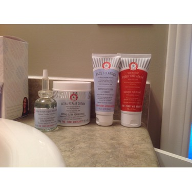 First Aid Beauty Spring Skin Savers Kit