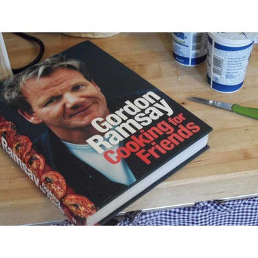 Gordon Ramsay's Cooking for Friends - Cookbook