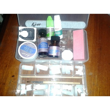 Kiss Complete Salon Acrylic Kit