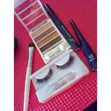 e.l.f. Beauty Must Haves