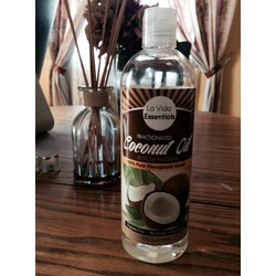 La Vida Essentials: Coconut Oil