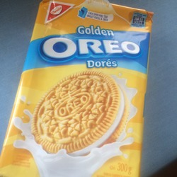 Christine Golden Oreo Double Sandwich Cookies