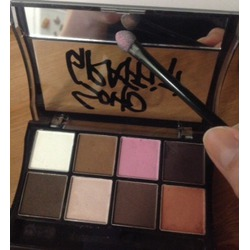 Soho Graffiti Sugar Box 8 colors smoky eye-shadows palette