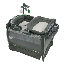 Graco- Pack n Playard with Near by Napper