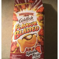 goldfish pizza crackers
