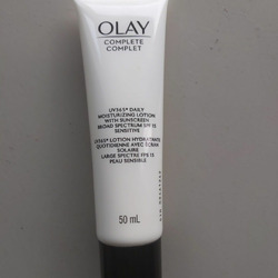 Olay UV Moisturizing cream spf 15