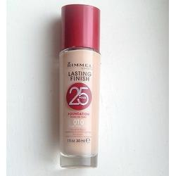 Rimmel Lasting Finish 25 Hour Foundation with Comfort Serum