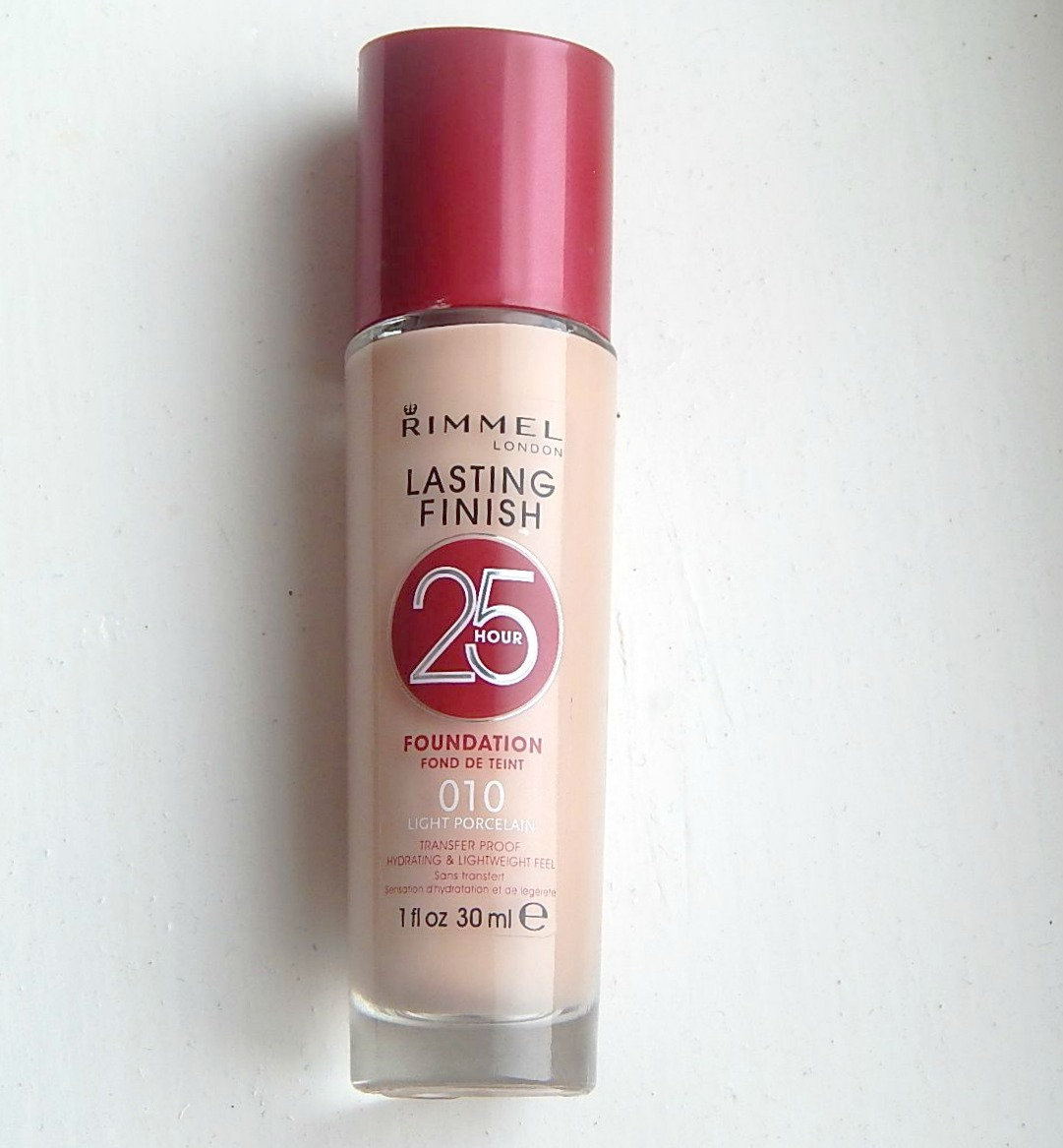 Revlon Colorstay Foundation in Natural Tan 330 - Makeup in